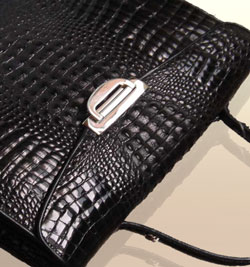 Ligator croc leather