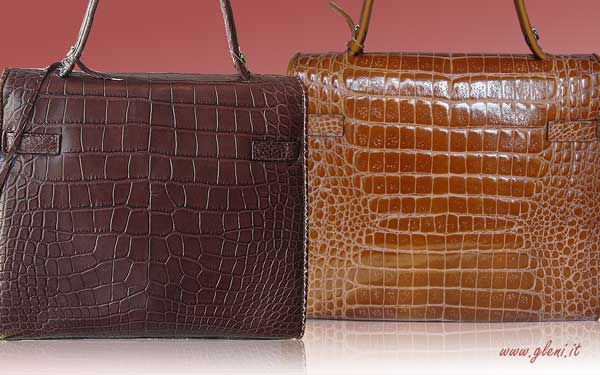 c20ce6ab195b How to tell if your crocodile bag is made of genuine crocodile leather